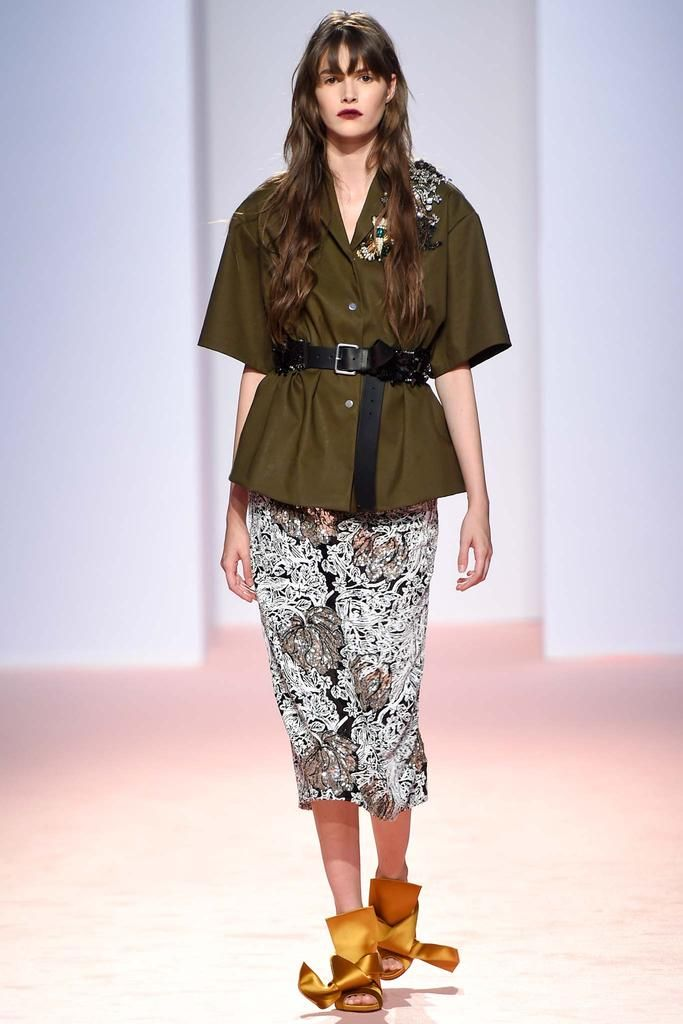 No. 21 Spring 2015 Ready-to-Wear