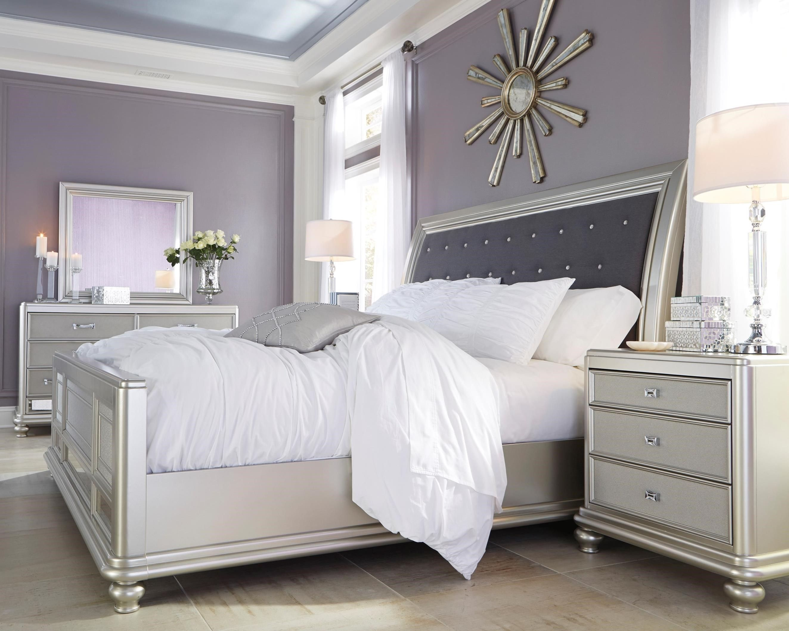 Coralayne Queen Bedroom Group by Signature Design by