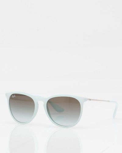 Looks just like the $5 pair I bought in Vietnam! Hopefully the paint stays on longer. I want! Sunnie // Ray-Ban