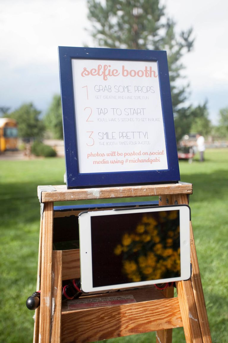 We Love These Inexpensive Photo Booth Alternatives Diy Wedding Photo Booth Photo Booth Alternative Diy Photo Booth