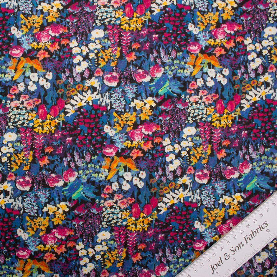 2a0eb78f8612b5 Liberty London Pink Small Painters Meadow Cotton Tana Lawn