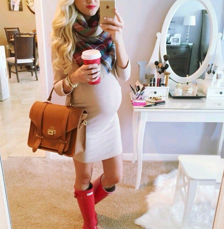 Pregnant Christmas outfit More - Pregnant Christmas Outfit €� Maternity Fashion Mater…