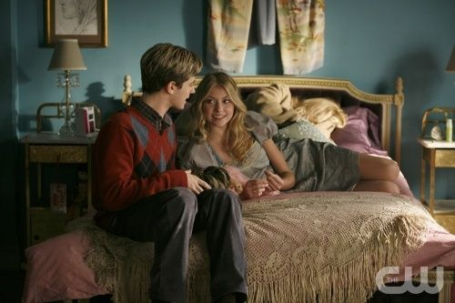"""""""Blair Waldorf Must Pie"""" --Pictured (L-R) Connor Paolo as Eric and Taylor Momsen as Jenny in Gossip Girl on The CW. Photo Goivanni Rufino/The CW © 2007 The CW Network, LLC. All Rights Reserved"""
