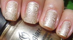 Vintage nail design