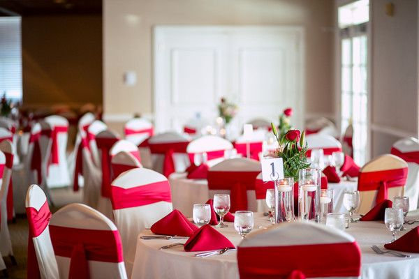 Gusia And Scott S Wedding In Omaha Nebraska White Weddings Reception Red And White Weddings Nebraska Wedding