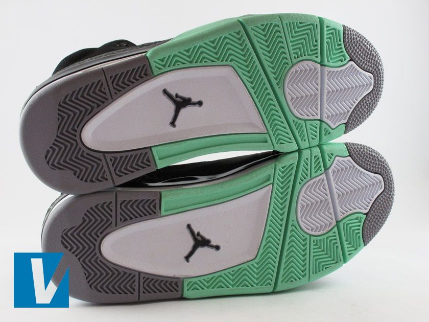 the latest 88d7d 81b99 New Nike Jordan Son of Mars shoes have a distinctive sole pattern with a Jumpman  logo