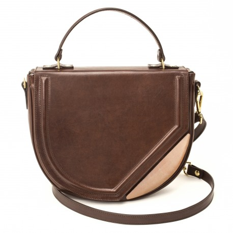 VODIVÌ : BAGS MADE IN UMBRIA. Vodivì is a combination of design, innovation and craftsmanship, unique style inspired by the beauty of the Italian territories. See more on http://ob-fashion.com/vodivi-bags-made-in-umbria/?lang=en #bags   #bag   #handbag   #handbags   #pochette   #clutch   #madeinitaly   #mipel   #luxury  @vodivì