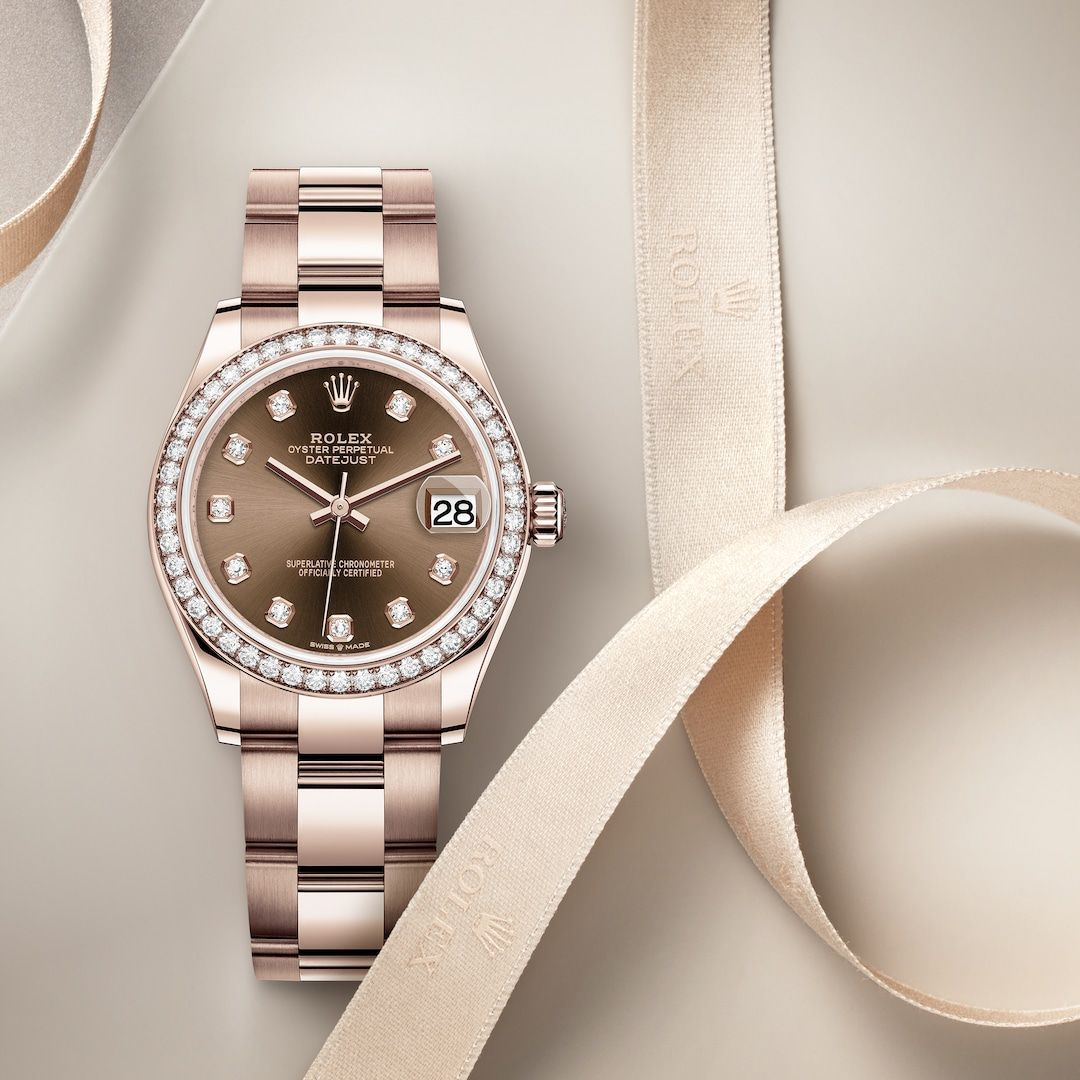 36f33ceb78d4b The Rolex Datejust 31 in Everose gold and diamonds