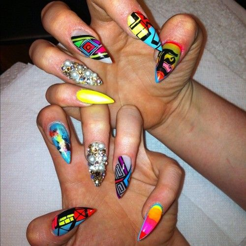 Pointy Nail Designs Stiletto Nail Designs Are A Hot New Trend The