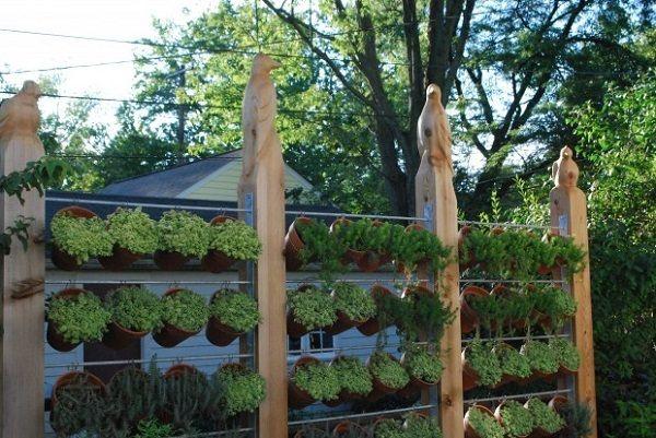 26 DIY Garden Privacy Ideas That Are Affordable & Incredible | Balcony Garden Web