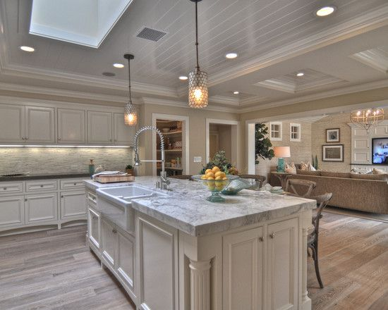 Interesting Whitewash Oak Floors And Cabinets : Traditional Kitchen ...