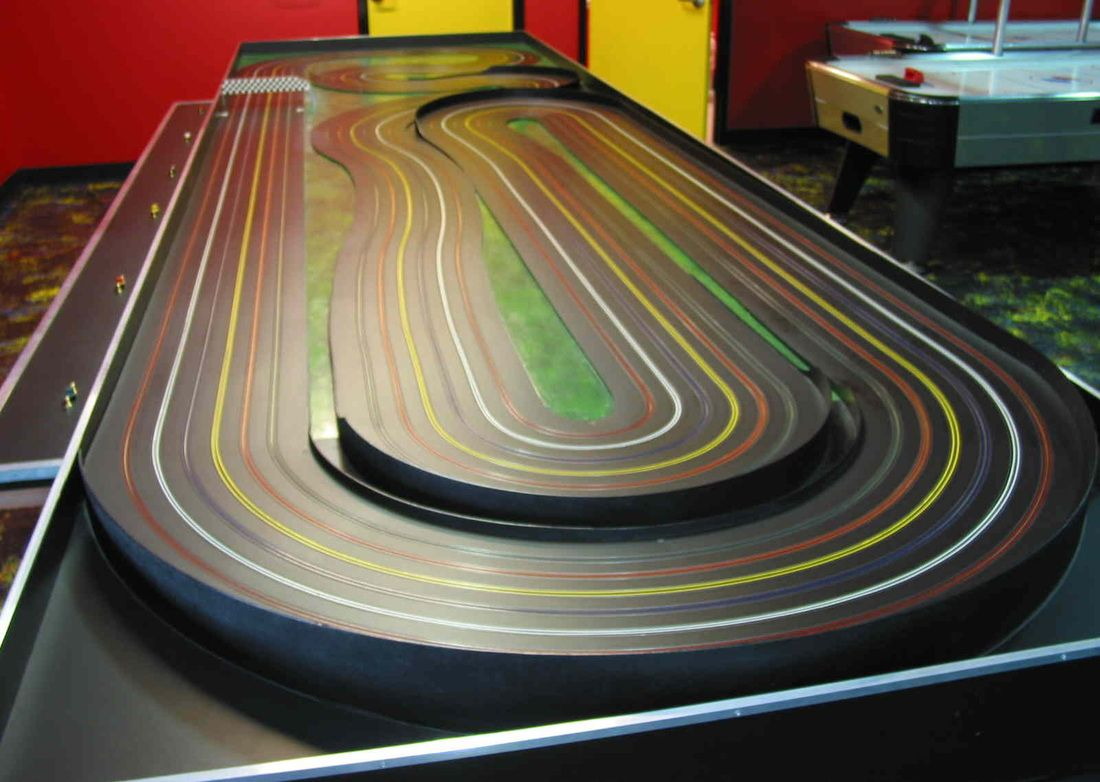 Pin by Bruce hojara on SLOT CAR TRACKS Slot car racing