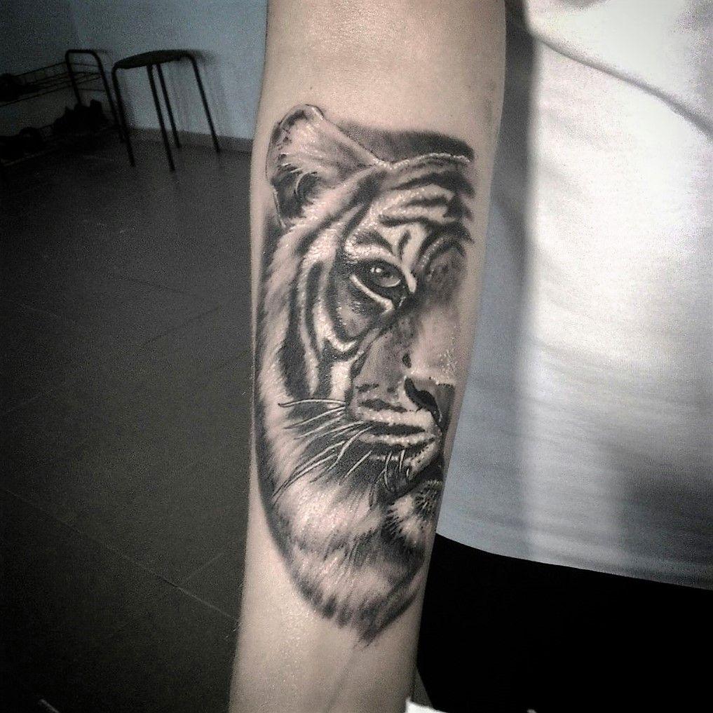 тату тигр чб тату тигр чб Goodzone Tattoo татуировки тату