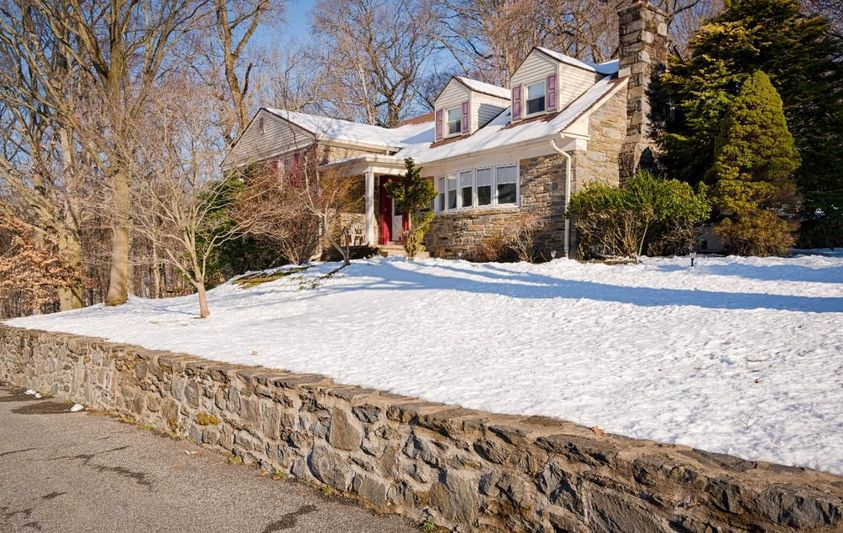 A home for sale at 2752 s kent rd broomall pa 19008 in