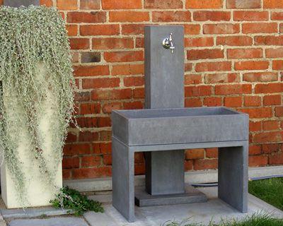 wasserzapfstelle aus beton | home | pinterest, Garten und Bauen