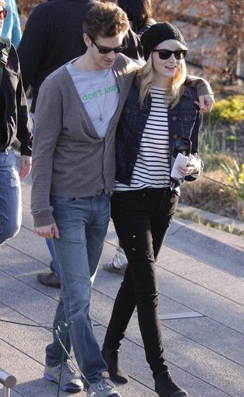 Emma Stone and Andrew Garfield having a walk