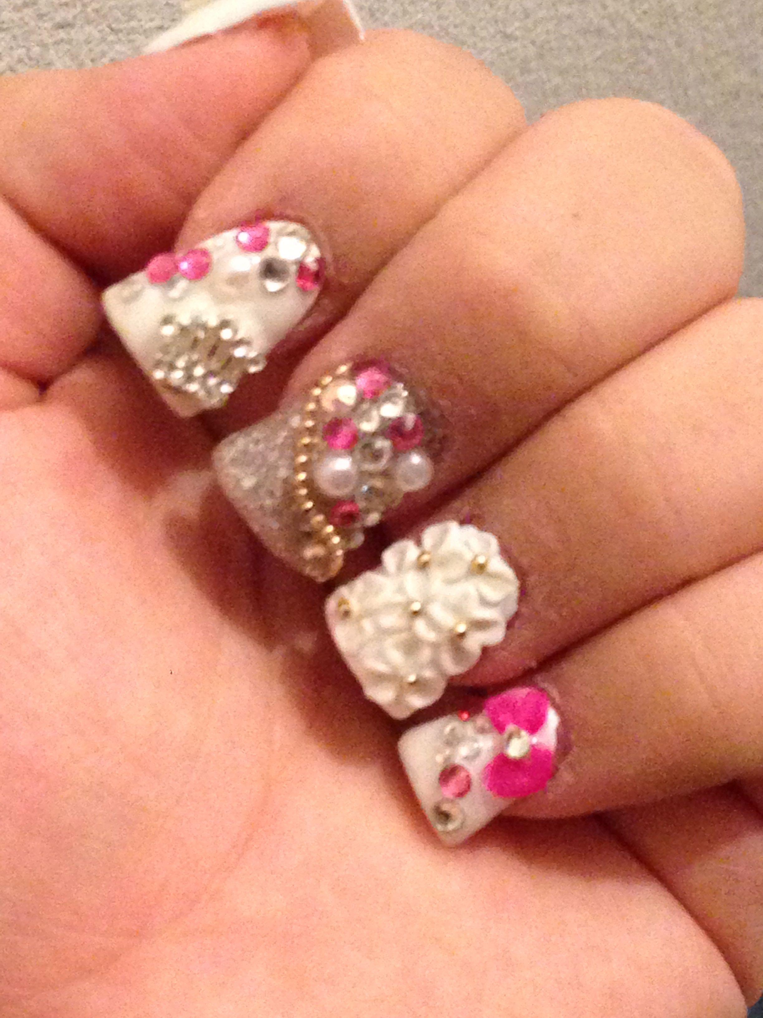 c2b270b76bf1 3D acrylic nail designs