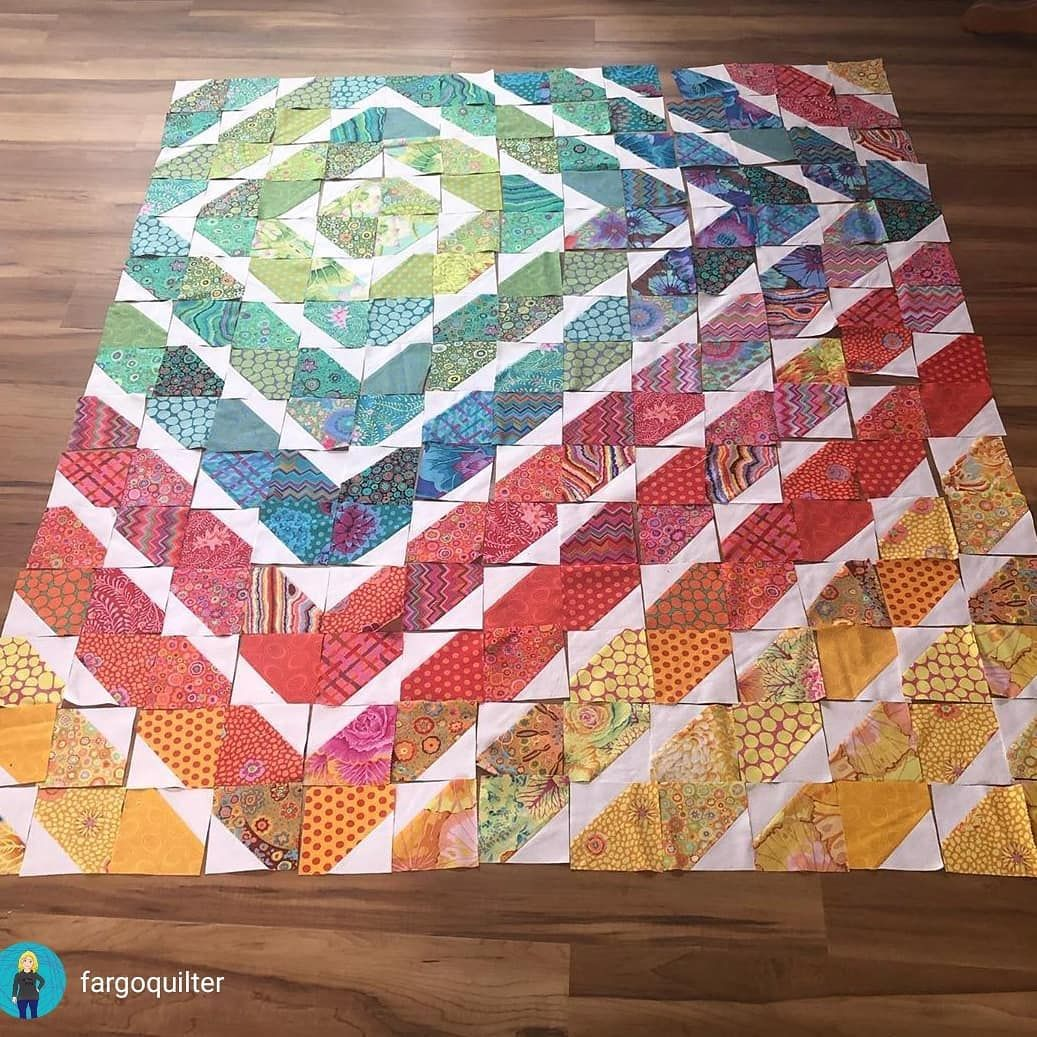 """Gudrun Erla on Instagram: """"� Anybody else in need of a little pop of color today? Jodi's Two Timer quilt is fabulous! Love the colorplay in this alternative layout.…"""""""