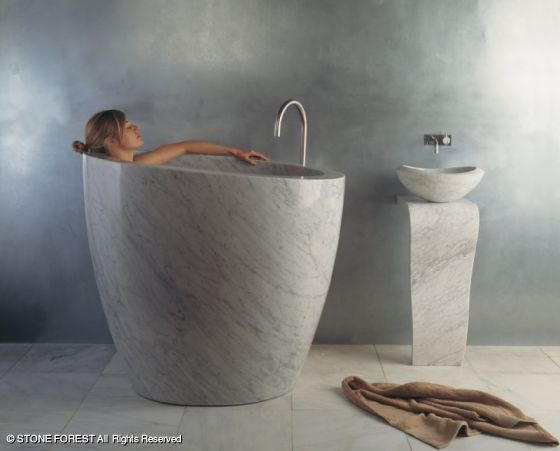 Stone Forest Has Introduced The Eau Soaking Tub, An Ofuro, Or  Japanese Style Soaking Tub, Hand Carved Out Of A Single Hunk Of Exquisitely  Veined Carrara ...