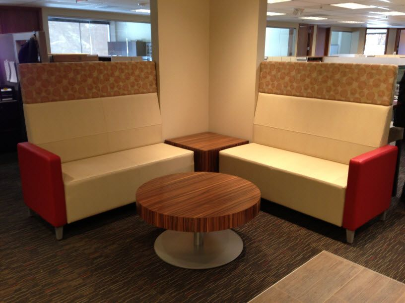 Belfor (Berkley, MI) Fringe Tables And High Back Bistro Tables On Fringe  Collaborative Lounge Seating In A Collaborative/open Space. #NationalOfficu2026