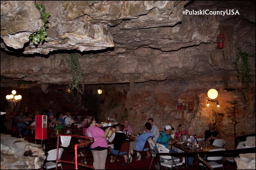 характеристики придорожное кафе в пещере армения фото живу доме, где