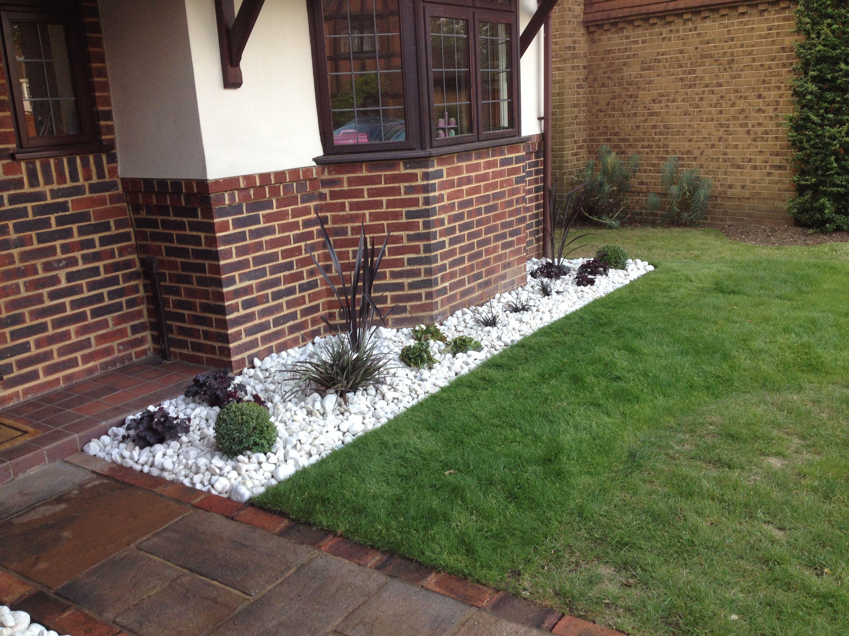 Garden Design Low Maintenance modern, low maintenance border design for front garden in