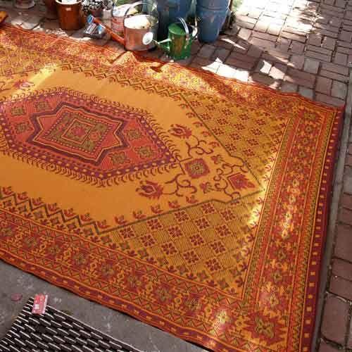 Gaiam Reversible Outdoor Rug Moroccan Oriental Turkish Motif
