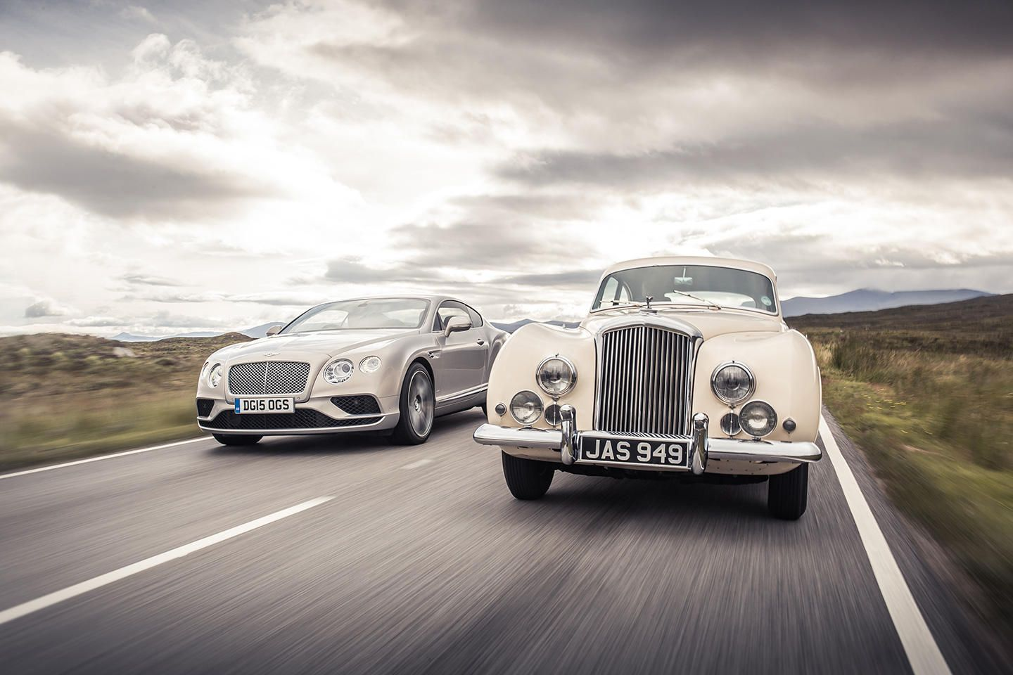 2016 Bentley Continental GT y Bentley R-Type Continental