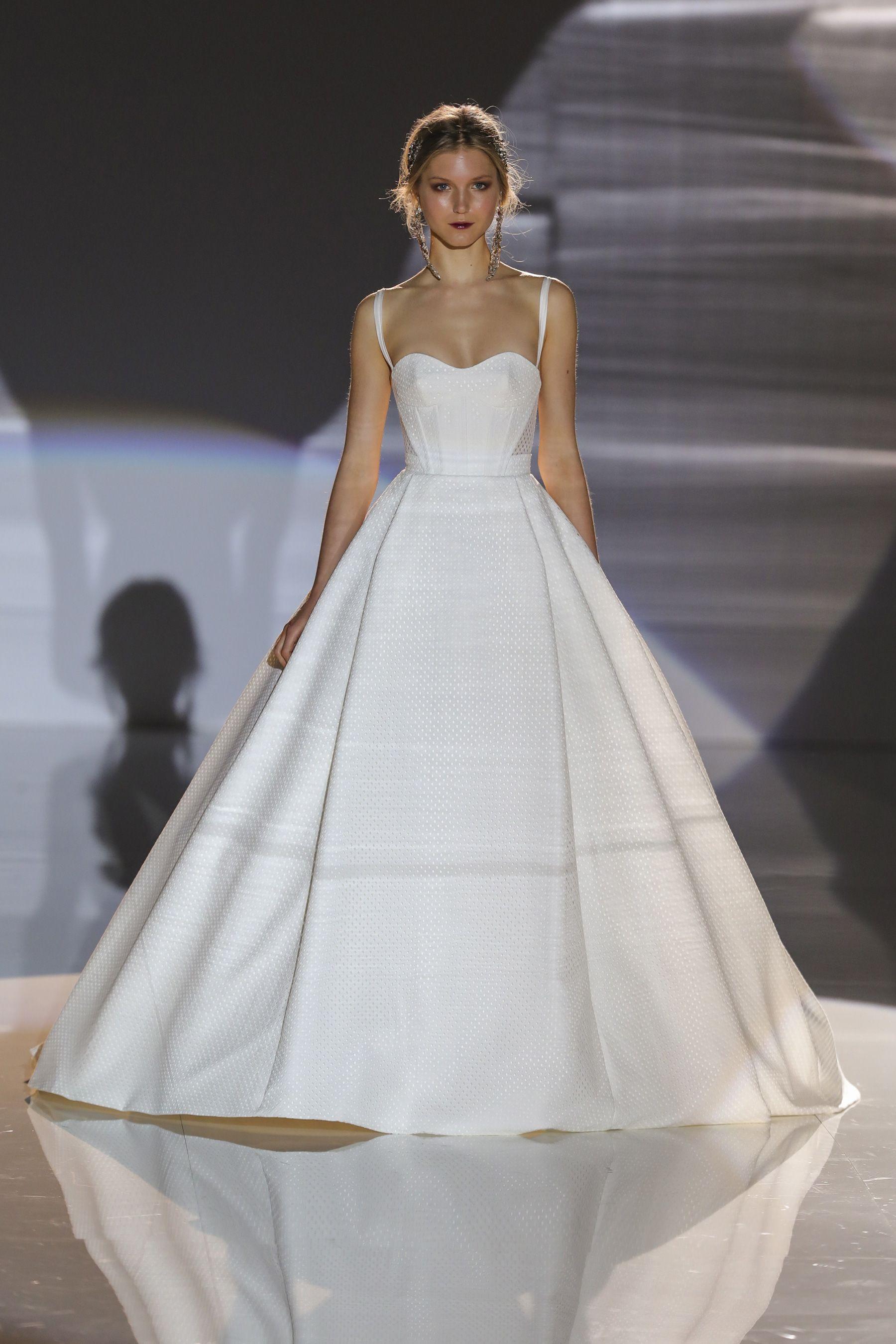2018 Bridal Fashion