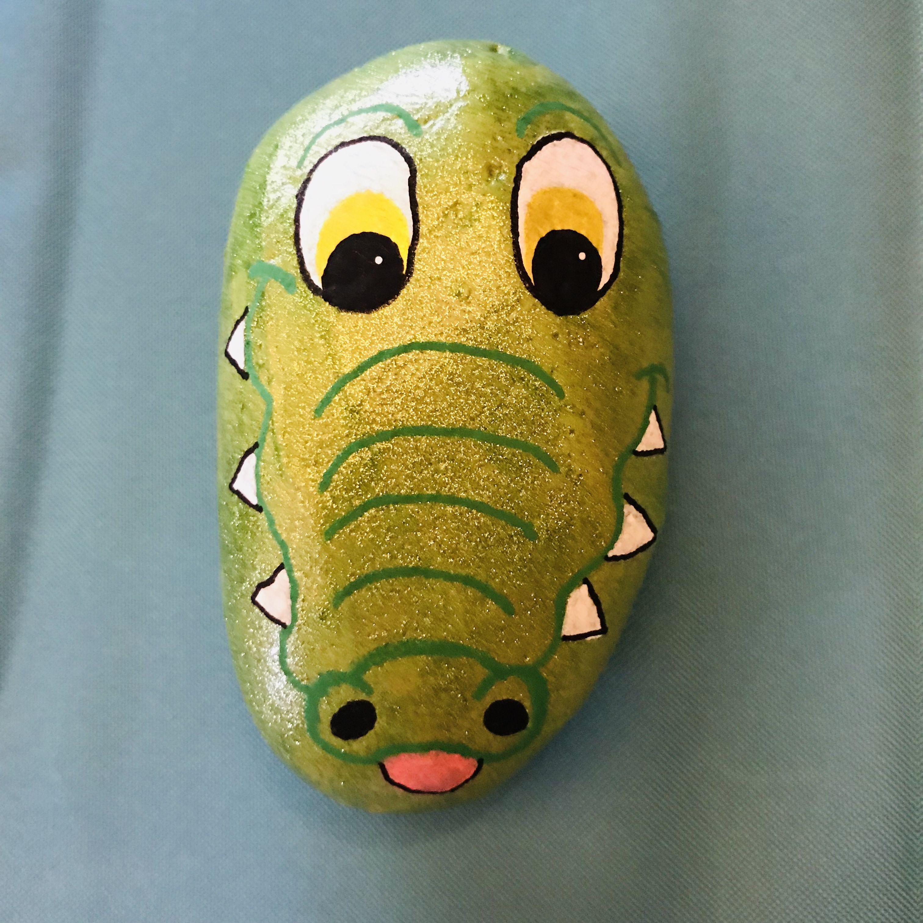 Alligator painted rock