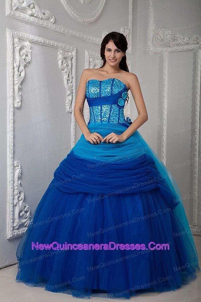 1000  images about Beautiful dresses on Pinterest  Strapless ...