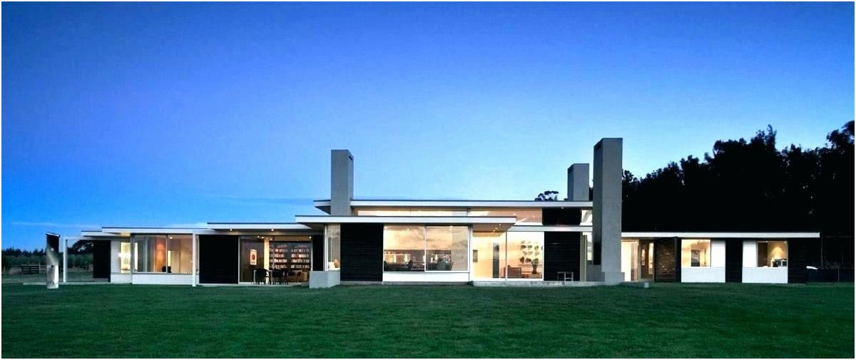 Bloxburg House Ideas 1 Story In 2020 One Storey House Mediterranean House Plans Contemporary House Plans