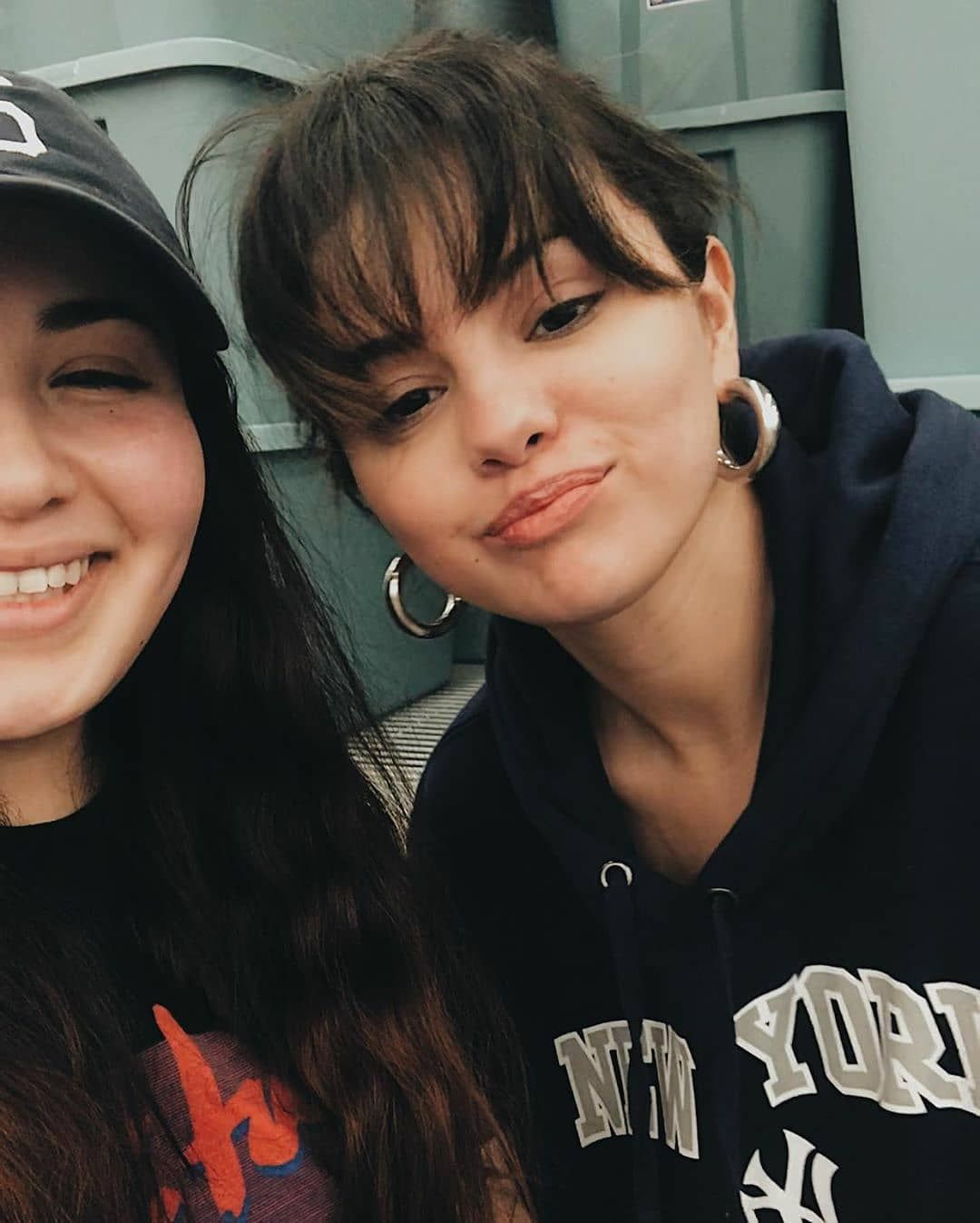 "Photo of Fan Account on Instagram: ""Selena Gomez with a Fan in Los Angeles [January 16] 📷 @selenagomez con una Fan en Los Ángeles [Enero 16]  #SelenaGomez #Selena #Selenator…"""