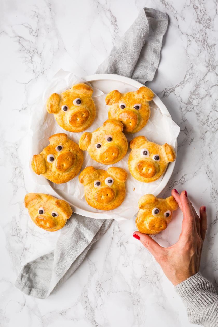 Glücksschweine backen und Freunde glücklich machen