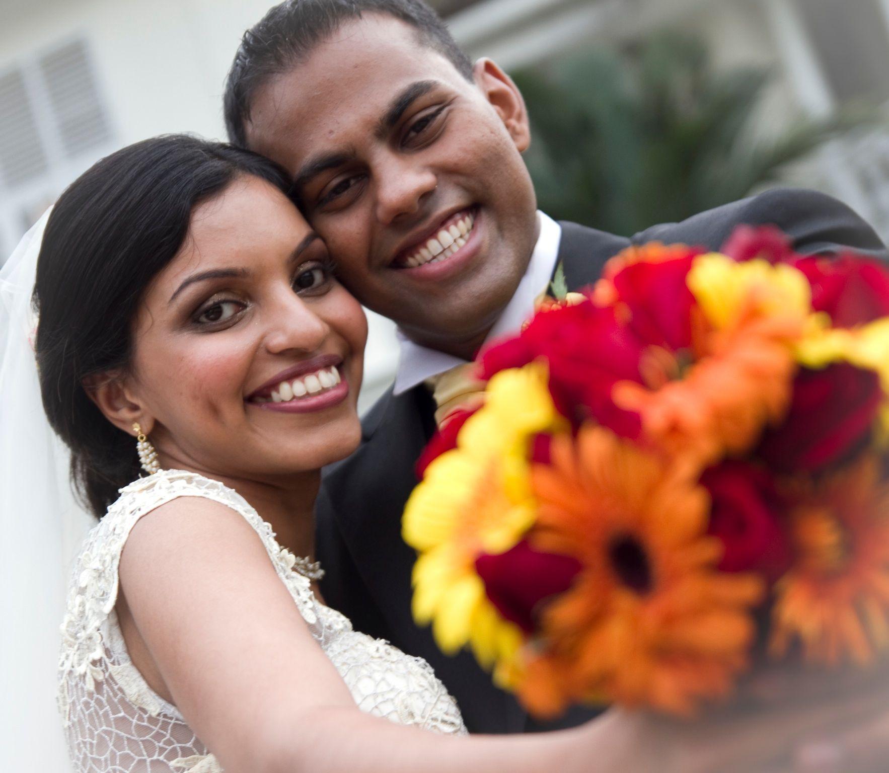 A Wonderful Wedding At Carcosar Malaysia Canon 7d 17 50mm 2 8 Wedding Photos Wedding Photography