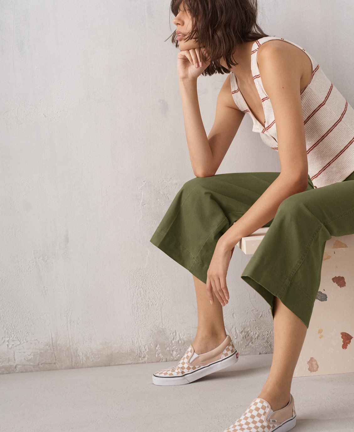 c2b827be4a1954 madewell emmett wide-leg crop pants worn with ribbed button-front tank top  + vans slip-on sneakers.
