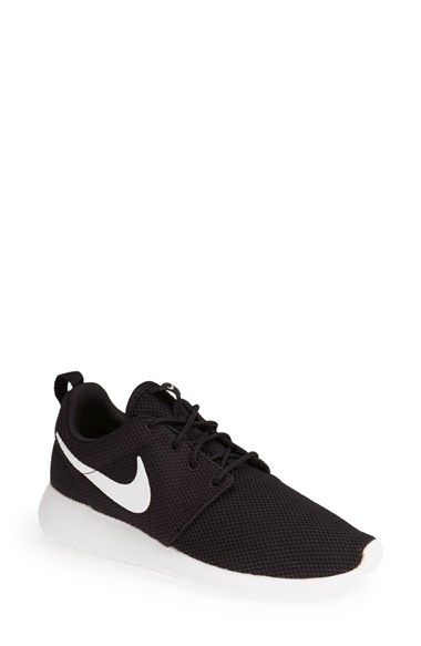Nike 'Roshe Run' Sneaker (Women) | Nordstrom size 8 in black.