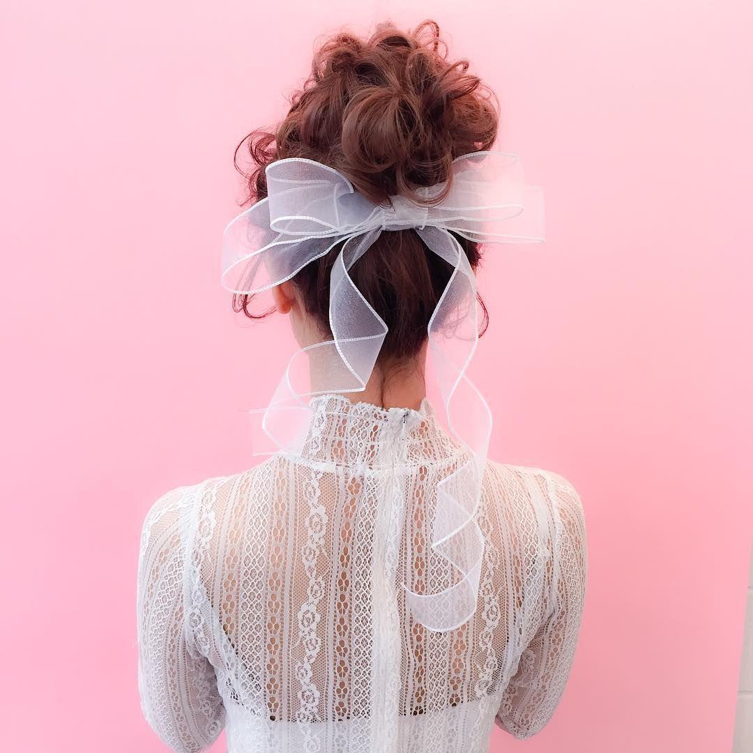 リボンを結んだ可愛い花嫁ヘアまとめ Marry マリー ヘアスタイル
