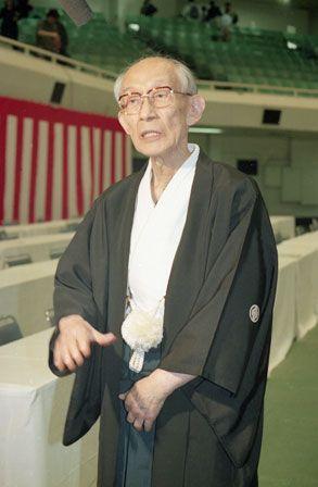 Kisshomaru-Ueshiba-1992