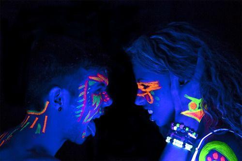 colorful paint party - Google Search Neon Pinterest Neón