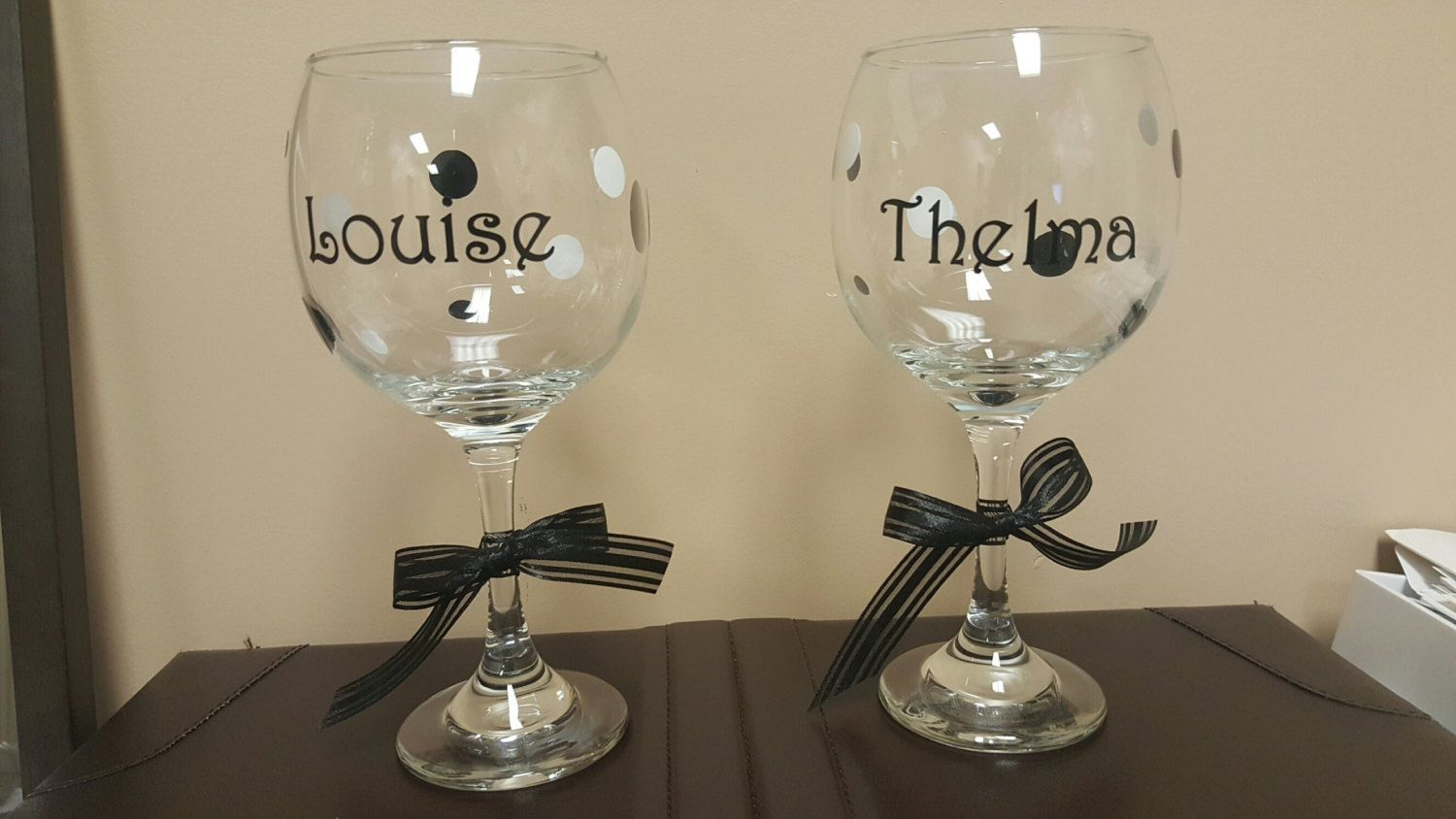 71040a25da6 Thelma & Louise Wine Glass Set - Customize it! by CountryGalGA on Etsy