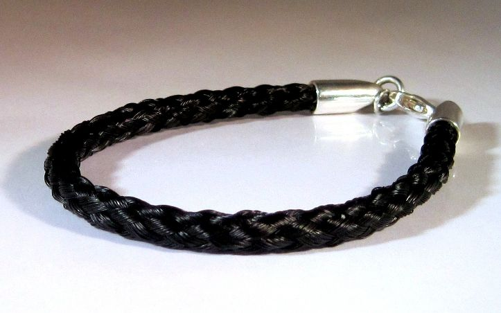 Round Braid Horse Hair Bracelet