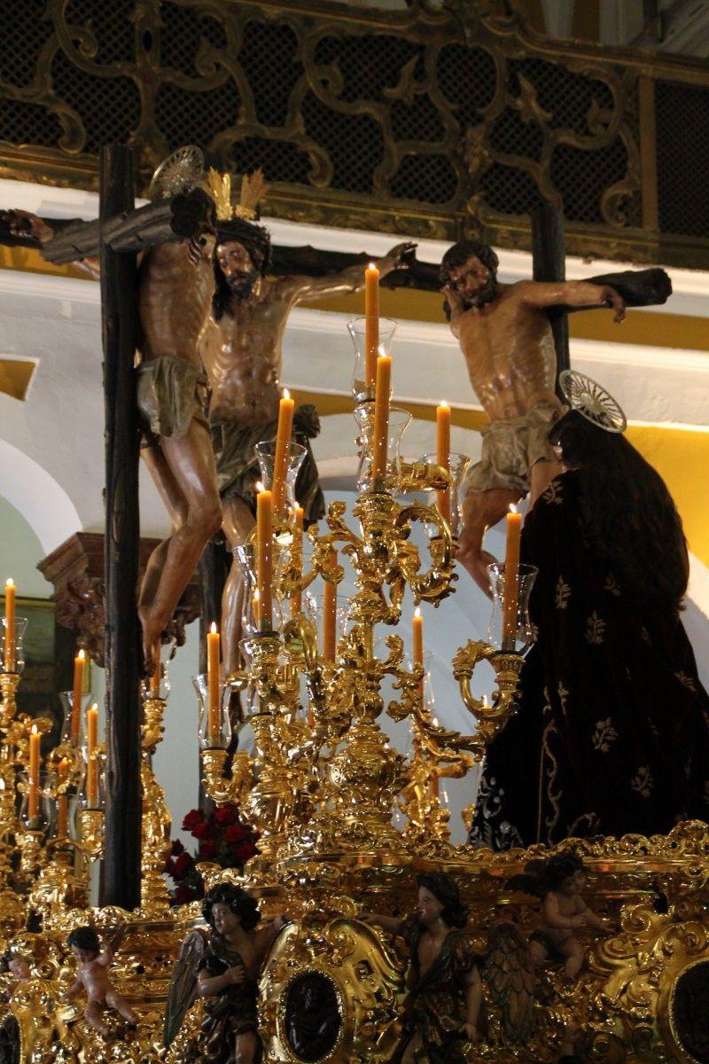 Hola Amig S Hoy Les Traigo Parte De La Semana Santa De Sevilla Todas Las Fotos Son Mias Y Me Ha Costrado Un Semana Santa Sevilla Semana Santa Viernes Santos