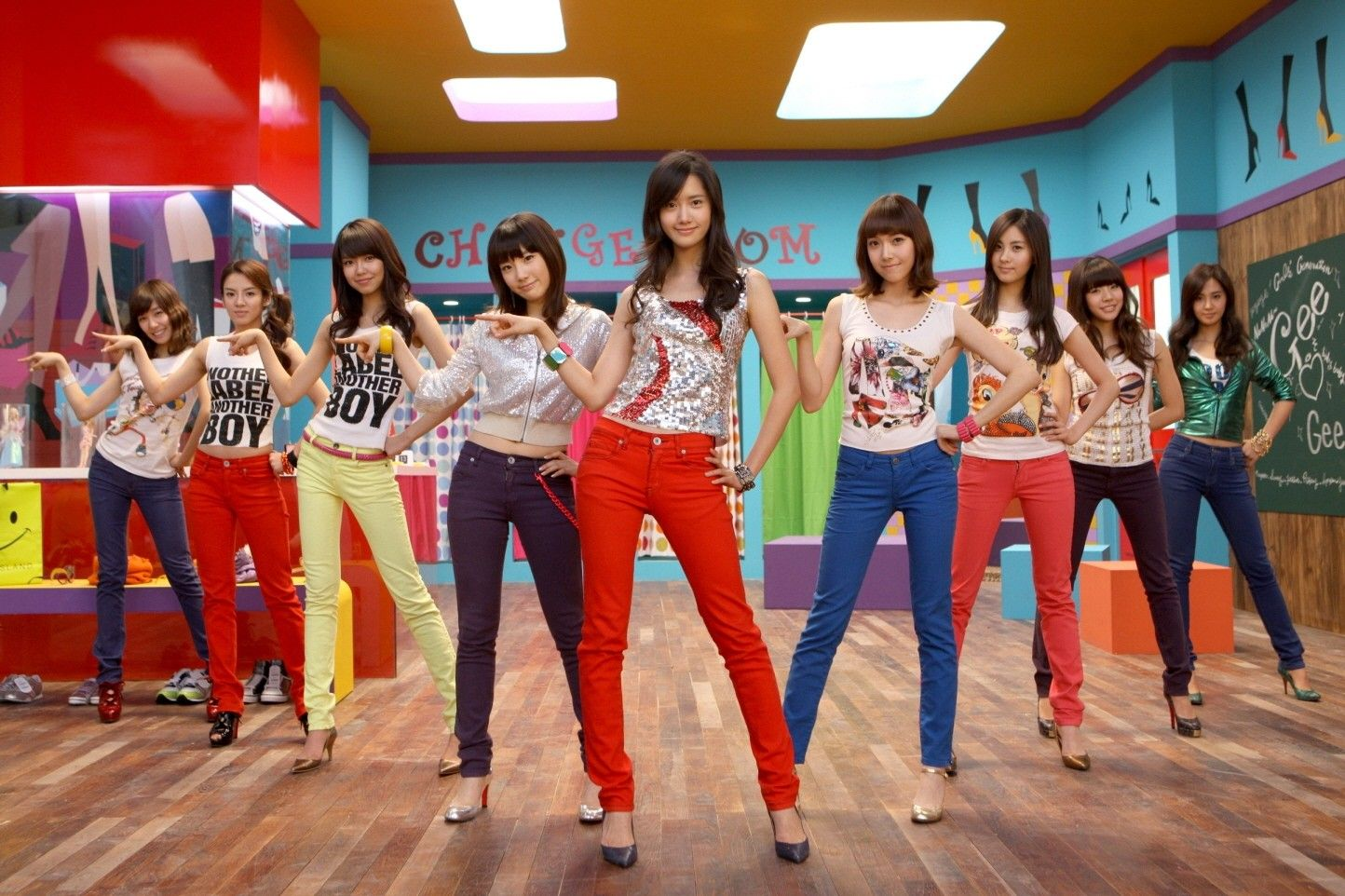 Revisit 7 Iconic Moments To Celebrate Girls Generation Gee S 7th Anniversary Girls Generation Girls Generation Snsd
