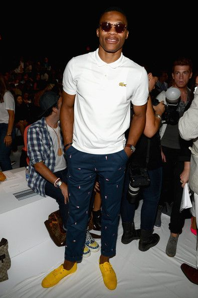 russell westbrook  yellow shoes