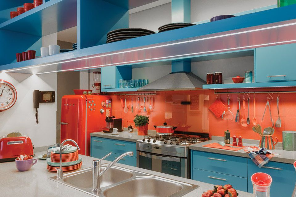 modern kitchen with red orange accent color combined | Vibrant Kitchen Design With Azure Blue And Red Orange ...