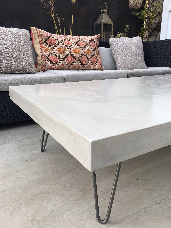 Coffee table waxed concrete feet steel Table basse beton