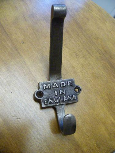 5 X aus Gusseisen hergestellt In England Mantel Haken 2 Teil Hook Collector industrielle Vintage