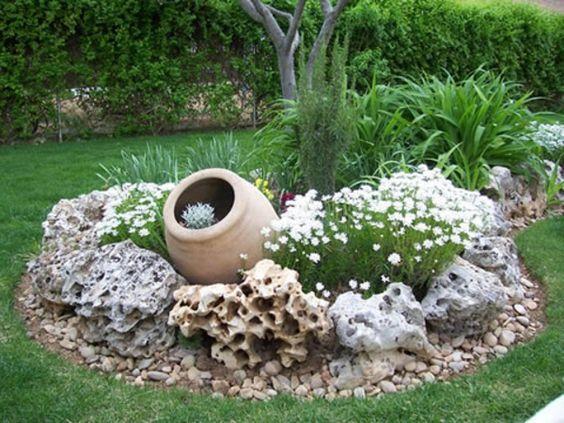 Cr er une belle rocaille voici 20 id es pour vous inspirer rocaille cr er et jardins - Faire une rocaille ...