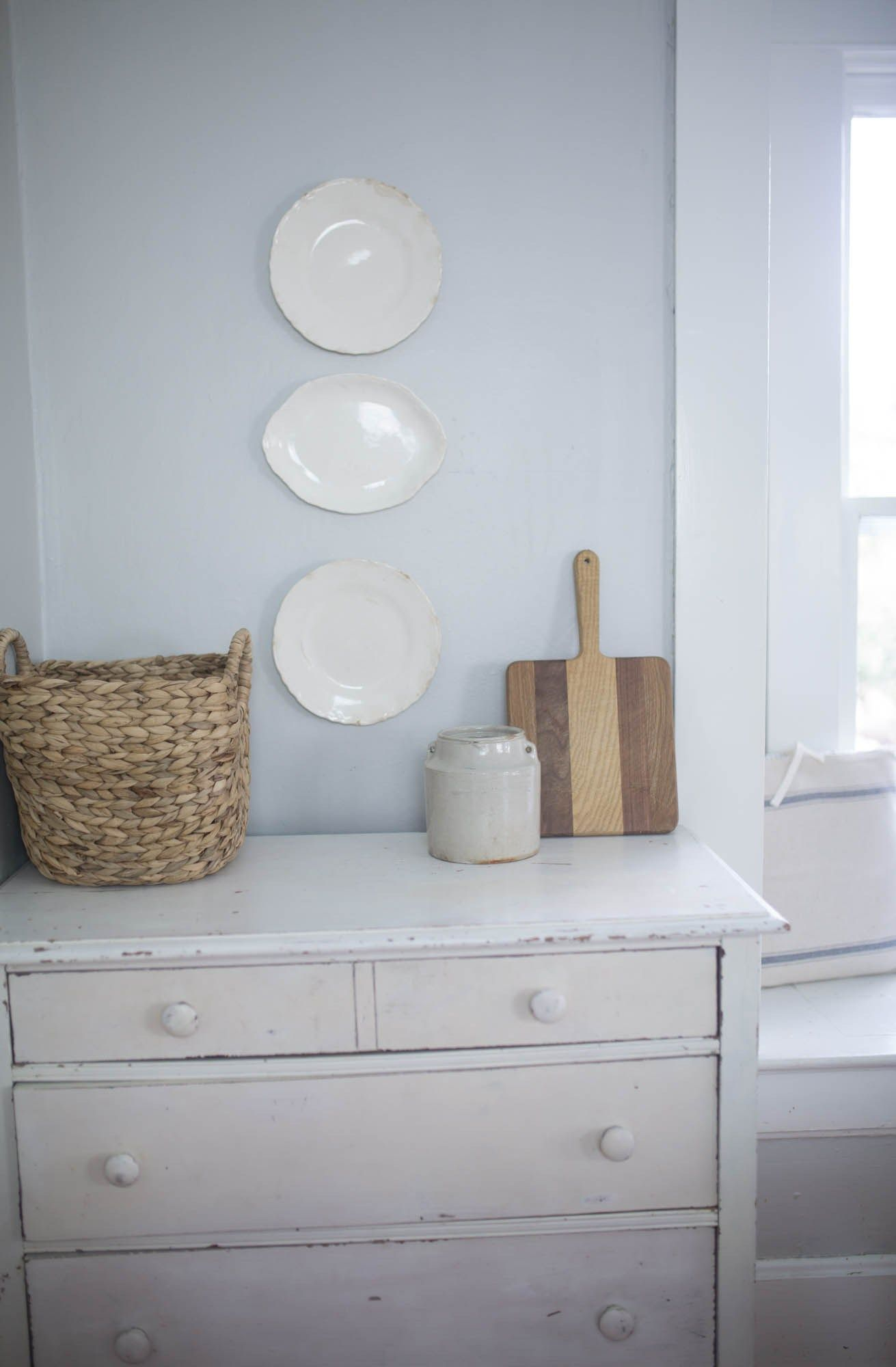 How to Hang Plates on a Wall | Walls, Plate wall and Kitchens